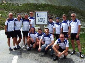 Das digitAlpin Fahrerteam am Albulapass.