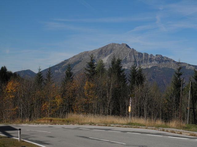 Blick von der Passhöhe zum Ötscher
