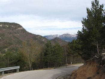 Nordanfahrt: Rückblick zu den Hochpyrenäen.
