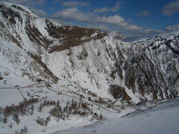 und die letzten Steilen kehren im Winter