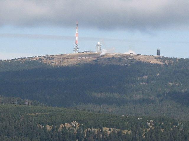 Blick zum Brocken vom Wurmberg aus.