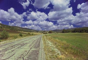 Die Montagne d'Albion wirkt vom Plateau de Vaucluse aus gesehen wie eine Hügelkette.