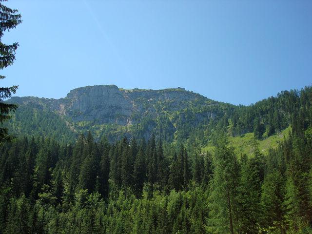 Bergwanderung zum Kehlsteinhaus (hier vom Obersalzberg aus gesehen)