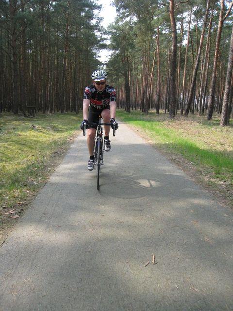 Auf dem Radweg R1 hinter Müggelheim