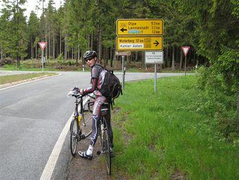 Von Bad Berlburg kommend am Albrechtsplatz links abbiegen