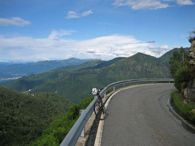 01 Blick hinunter auf das Valle Intrasca, Il Colle doppio plus, 18.07.09