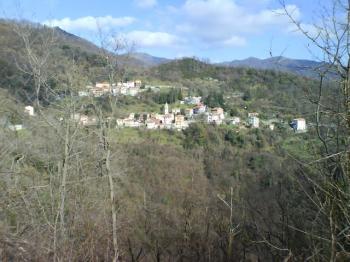 Boasi, einzige Ortschaft auf der Nordauffahrt