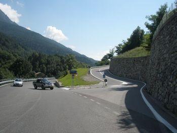 Beginn der Südanfahrten an der SS42 im Valle Camonica.