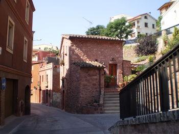 In Corbera Alta (dem alten Ortskern).