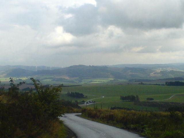 Blick von der Markshöhe über Oesterberge in Richtung höheres Sauerland.
