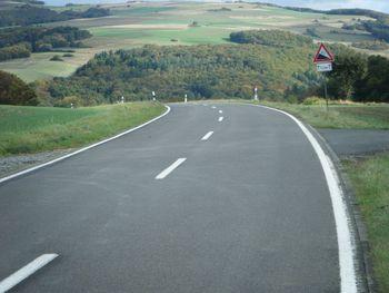 Paßhöhe Richtung Ginsweiler.