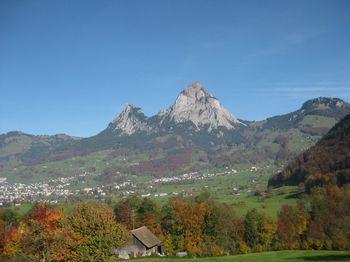 Schwyz - kleiner und grosser Mythen. Die Haggenegg liegt links des kleinen