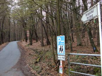 Die Abzweigung in der Nähe der Saalburg.