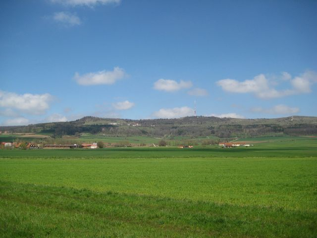 Der Hesselberg von Südosten.