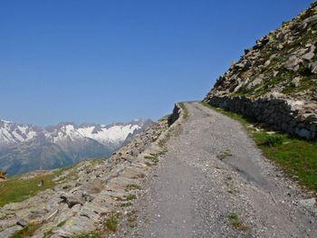 01 im obersten Teil zum Stöckli (2440m), eine Fahrt in den Velo  Himmel, 10.7.10