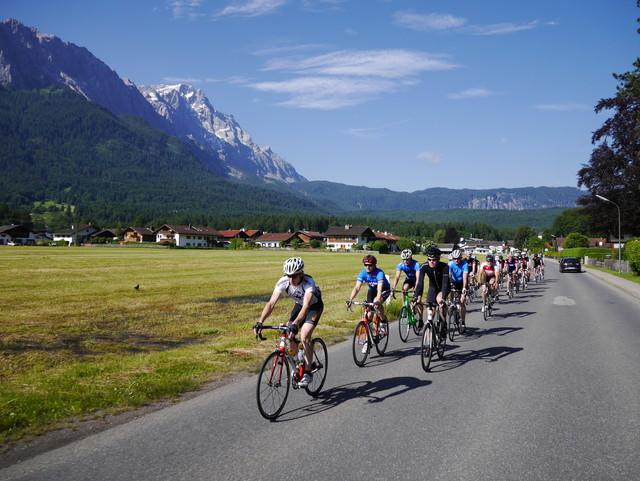 quaeldich-Gruppe vor der Zugspitze.