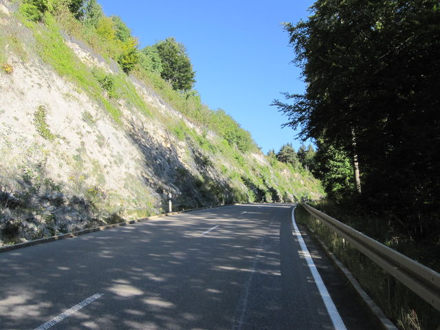 Kurz vor dem höchsten Pass der Schwäbischen Alb.