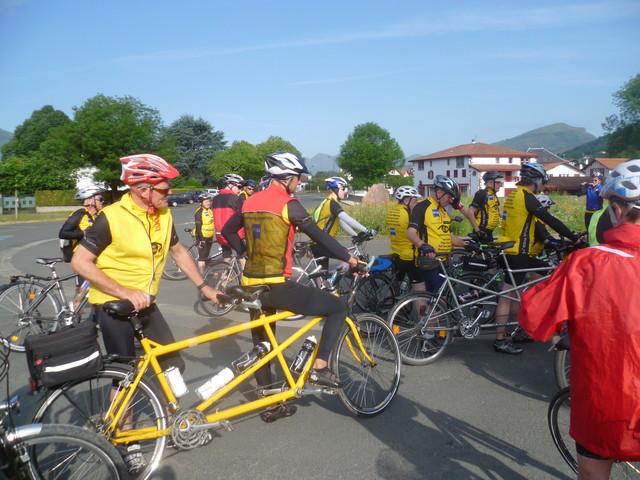 Start in St.-Jean-Pied-de-Port.