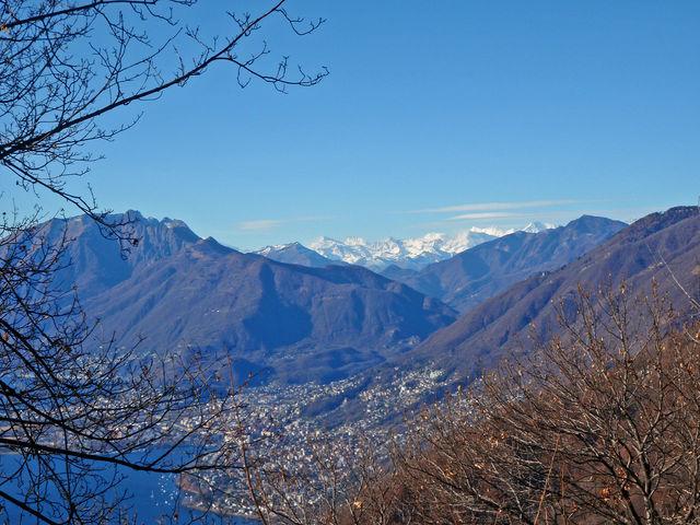 Monti della Gana, Blick auf 4000er und Lago.