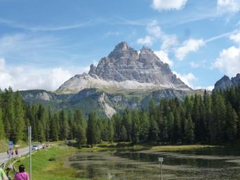 Drei Zinnen vom Lago d'Antorno aus