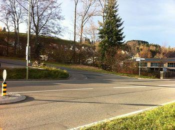 Abzweigung zur Auffahrt in Gibswil.