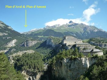 The mountainside of the lakes: Plan d'Aval & Plan d'Amont