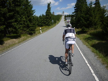 Die letzten Meter zum Fichtelberg.