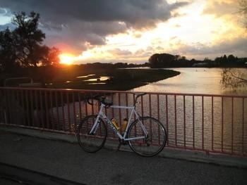 Sonnenuntergang an der Dove Elbe bei Allermöhe