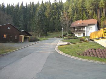 IM00Beginn der S_O-Auffahrt in Lorchenmühle