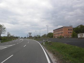 Paßhöhe mit alten Grenzanlagen