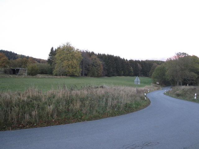 Steinberg Auffahrt beim Steinbergspielplatz.