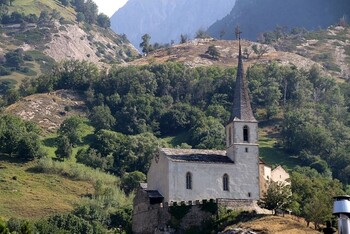 Kirche bei Raron.