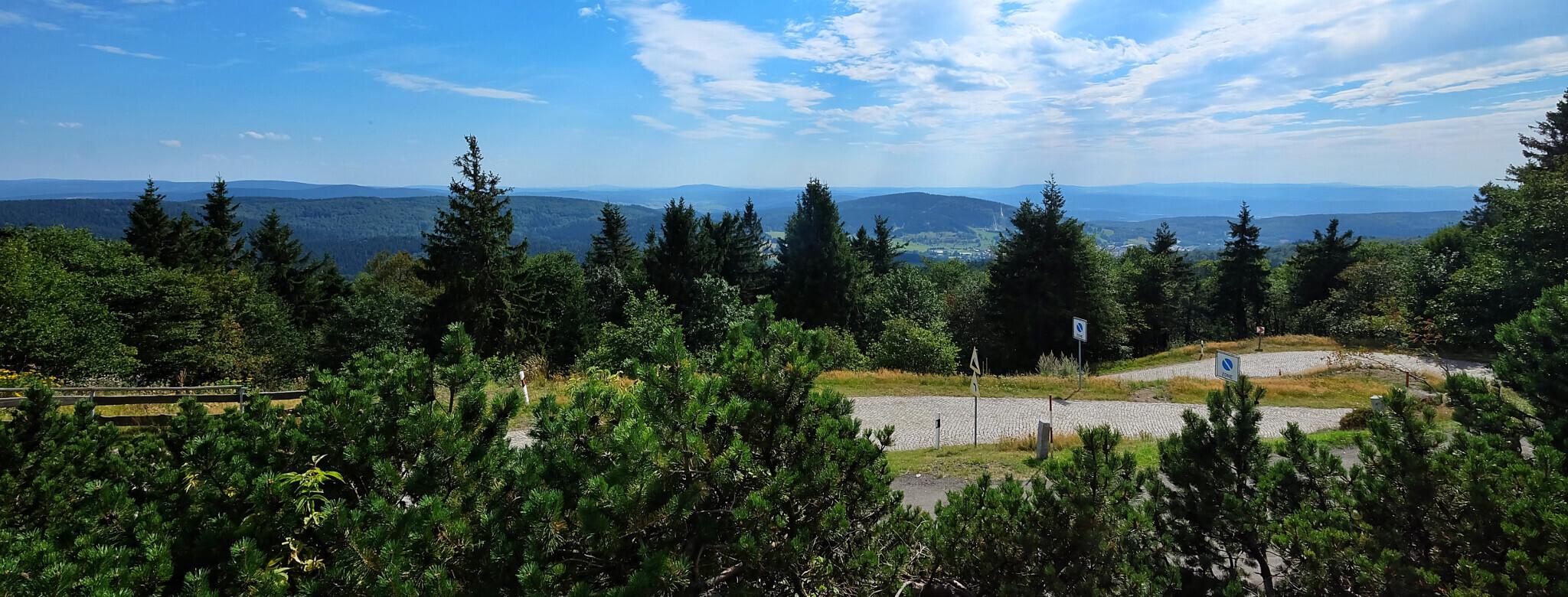 ... und die Gipfel des Thüringer Waldes